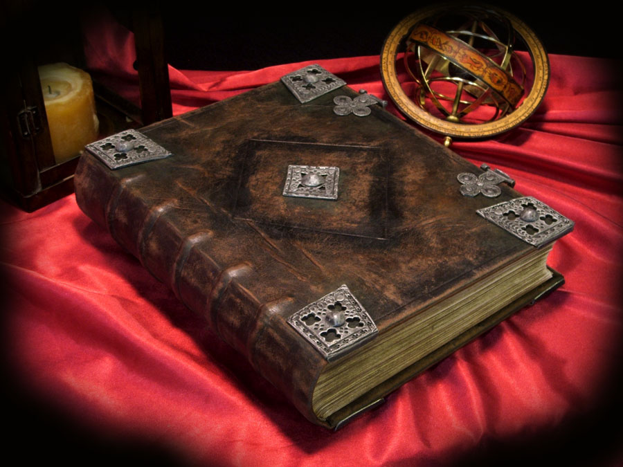 How To Make A Real Book Cover : How to create your own book of shadows wiccan spells