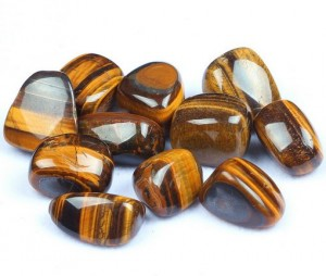 Tigers eye crystals