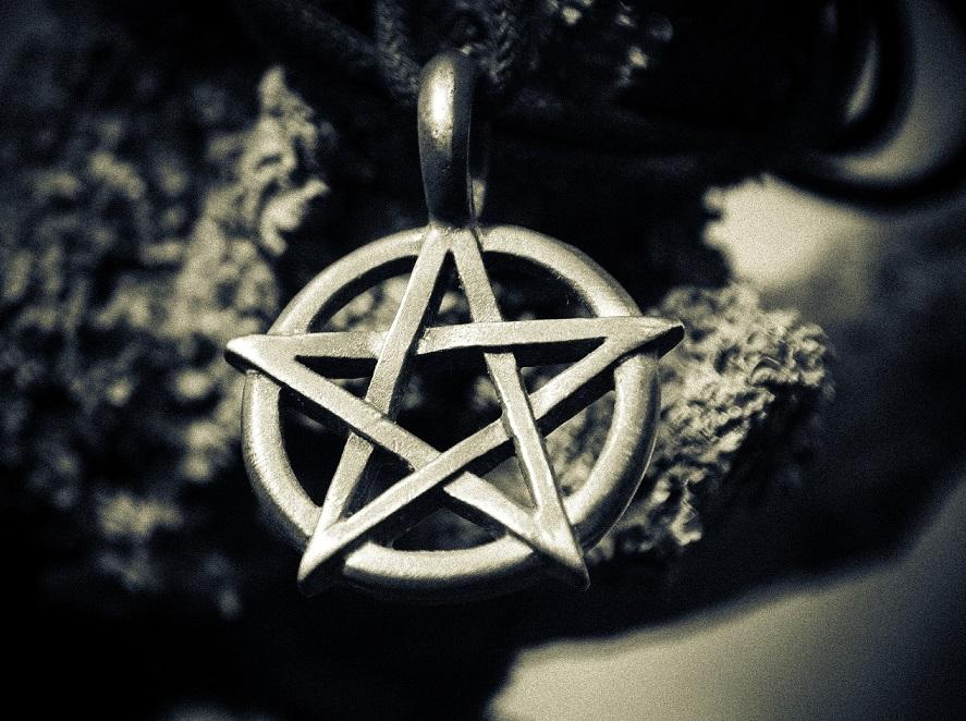 Praktik Pagan Meningkat di AS Seiring Kristen yang Makin Ditinggalkan