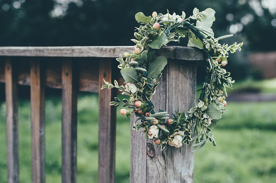 Handfasting - Wiccan pagan marriage ceremony - decorations