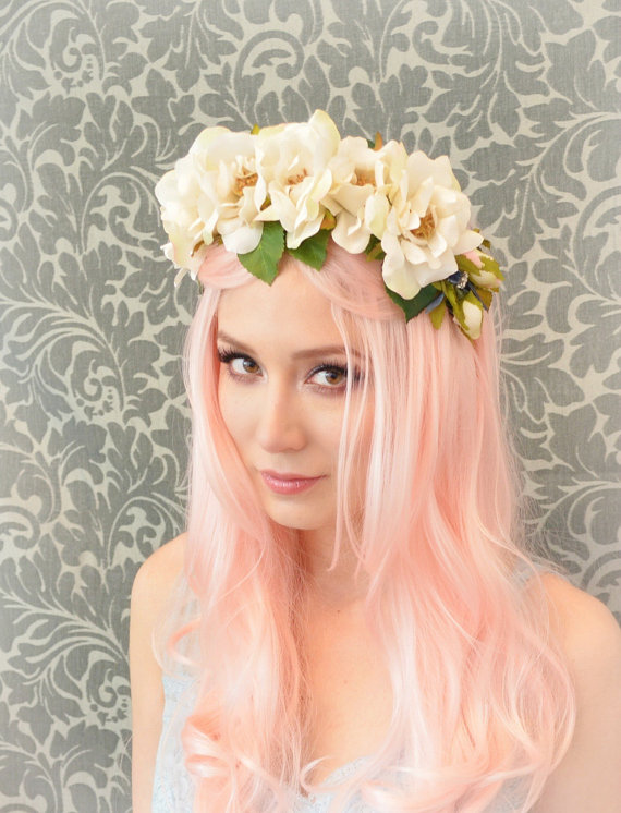 Pagan wedding dress style - Elven - Gardens of whimsy