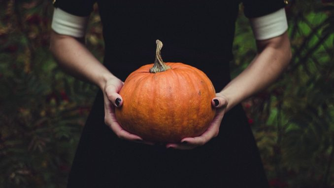 how to celebrate samhain
