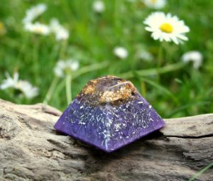 orgonite pyramid - witch gift