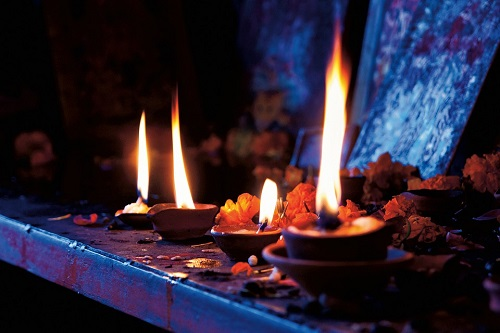 altar table for wicca and spells