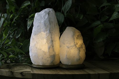 White himalayan salt lamps - So Well