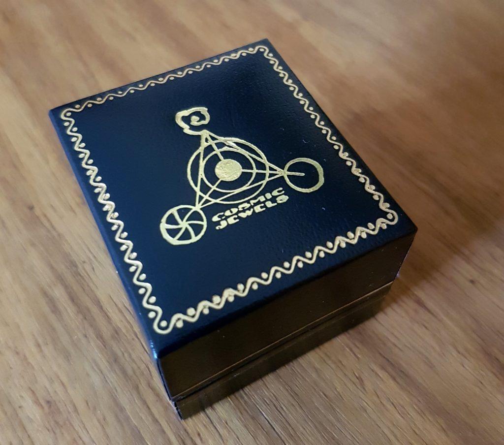 ka gold amulet case